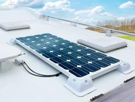 Kits solares para caravanas e barcos