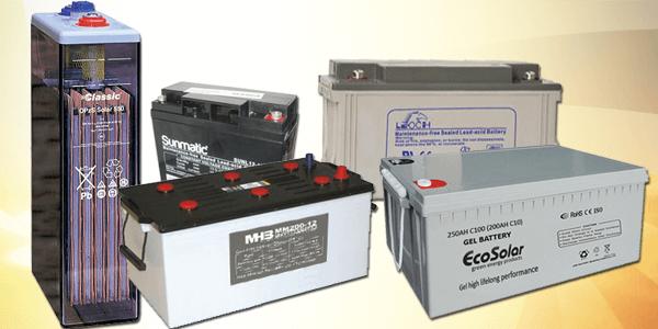 Cuales son los años de vida de cada tipo de batería en una instalación solar?