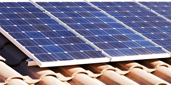 ¿En energía solar hay que pagar un impuesto al sol?