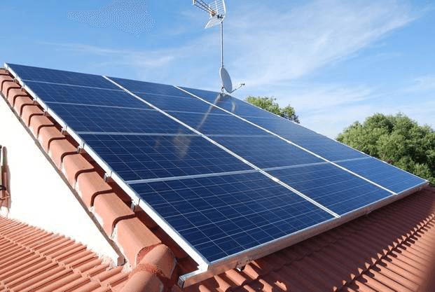 Diferenças: instalação solar isolada e instalação solar de autoconsumo