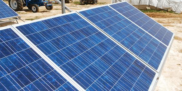 Cual debe ser la orientación y la inclinación de las placas solares?