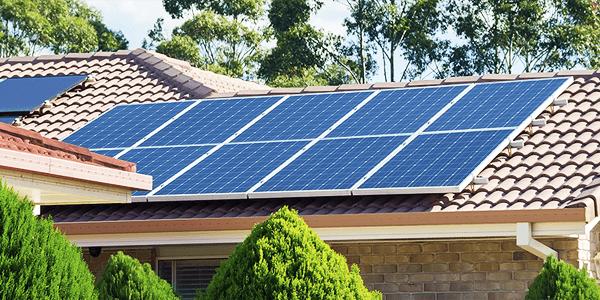 O uso do inversor-carregador na instalação solar