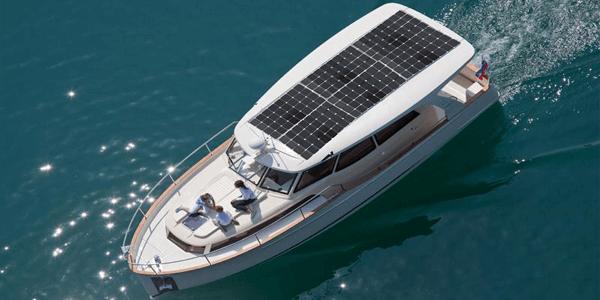 Ventajas de la energía solar para embarcaciones de recreo, yates y veleros