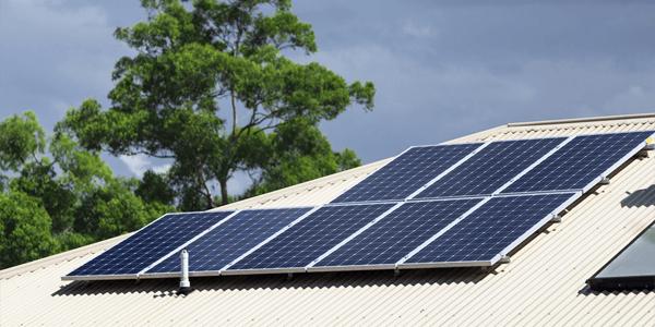 Preinstalación gratis en tu kit solar para vivienda, granja, casa de campo...